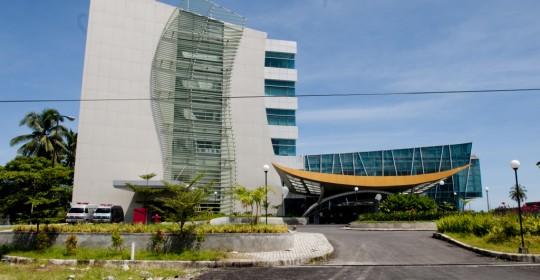 Menunggu Hospital Dambaan