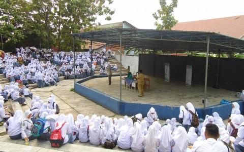 Penyuluhan Kesehatan di SMKN 7 Padang