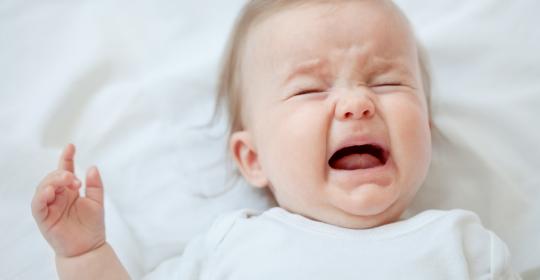 Hindari Menyedot Hidung Bayi saat Bayi Flu