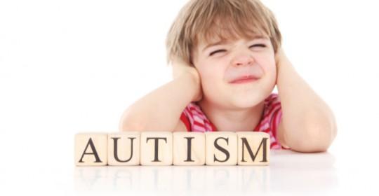 Kenali Tanda Awal Autisme pada Balita