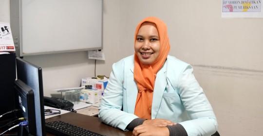 dr. Rahmi Ulfa, Sp.S