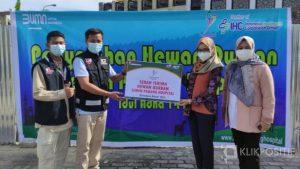 Yayasan Semen Padang dan SPH Salurkan Bantuan Hewan Kurban untuk Masyarakat Sekitar